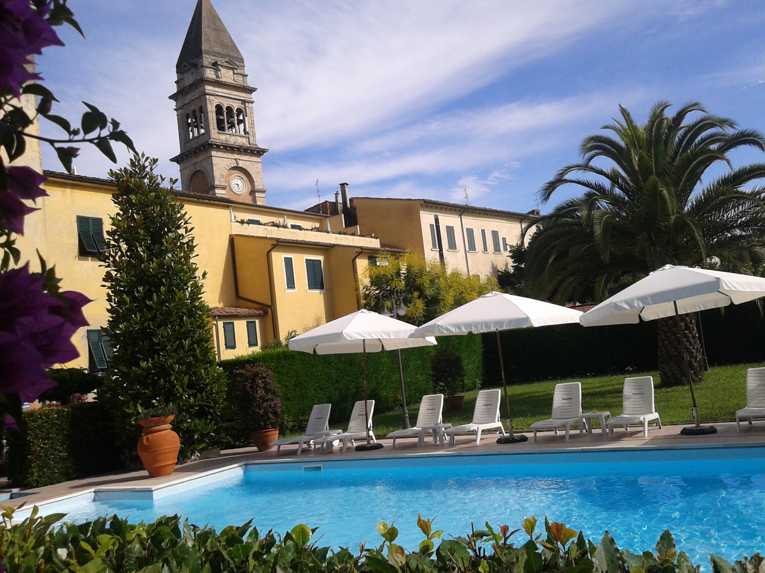 piscina albergo roma 050